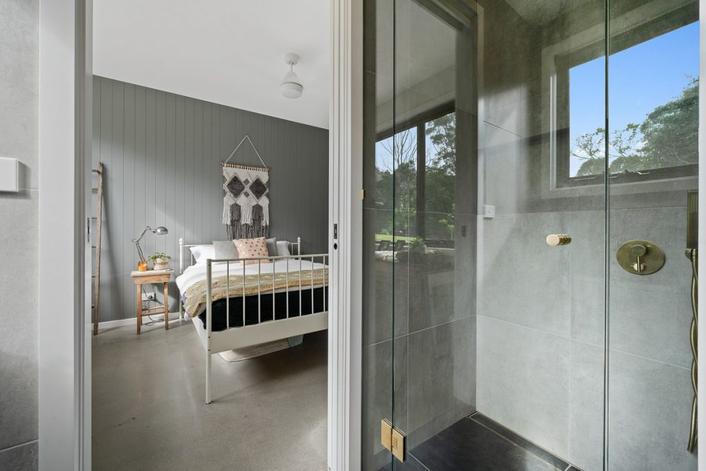 harlor-building-woodhill-mountains-bedroom