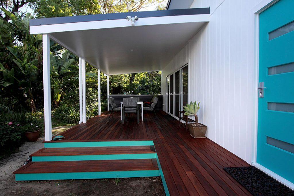 harlor-building-north-nowra-studio-front-patio