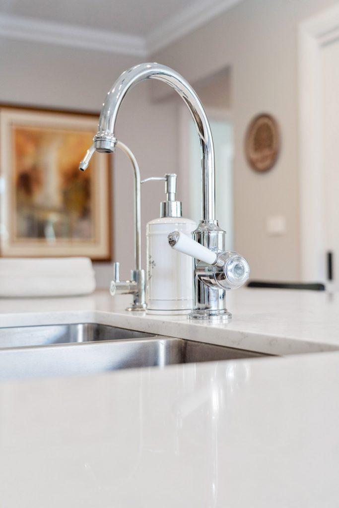 Harlor-Building-Little-Hamptons-Kitchen-Sink